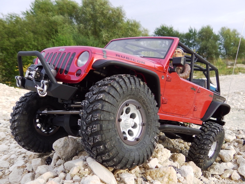 Jeep Rubicon Axial, le scale facile ;-) 537228IMGA0777