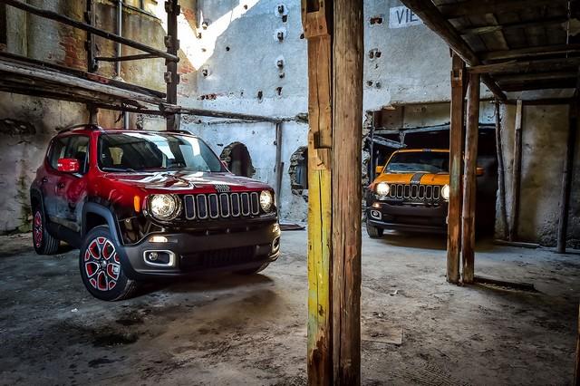 Deux Jeep Renegade exclusives pour le Montreux Jazz Festival 538263150707JeepMontreuxconsegna02