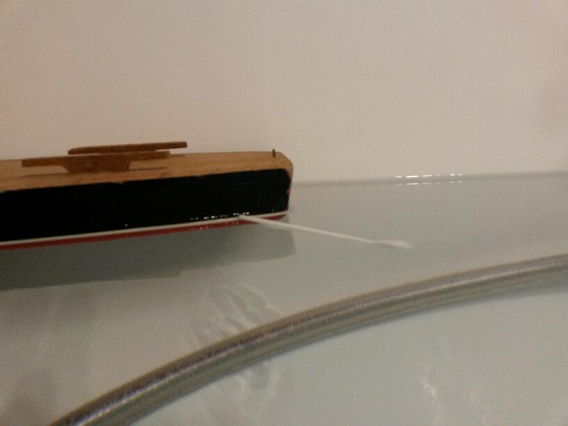 réalisation d'un voilier radio-commandé sur la base d'un voilier de bassin 54062420151105004401resized