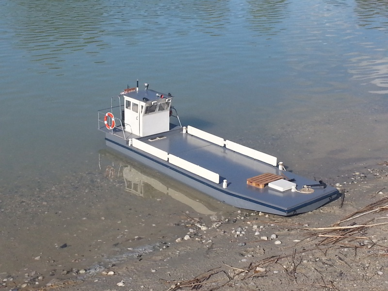 TUGDUAL Barge Ostreïcole sur plan RC Marine au 1/10 ° - Page 22 54090620150923165727