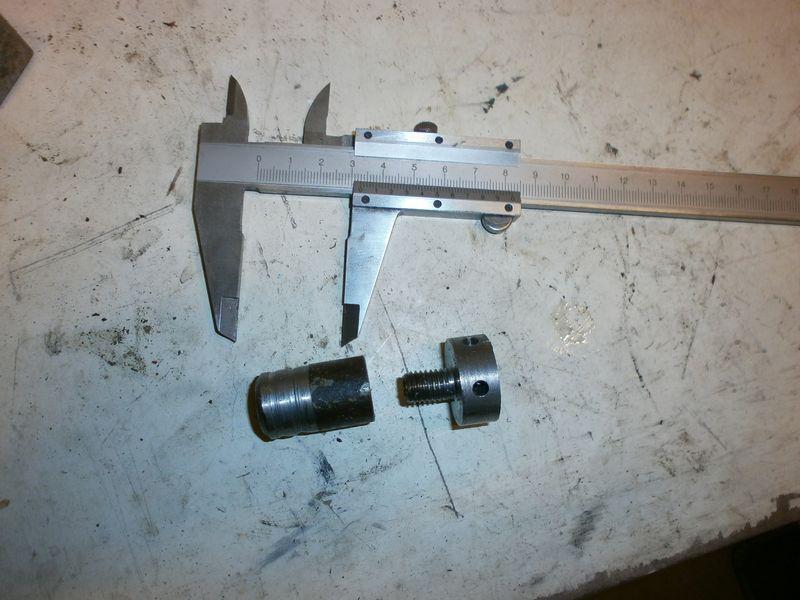 """Fabrication d'un """"bouchon"""" pour mon bac à copeaux pour récupérer le fuide de coupe 541198PB100046"""