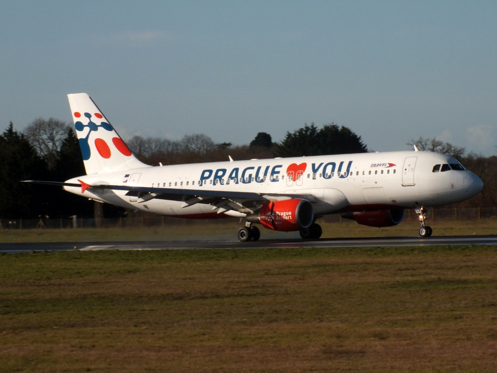 "[22/12/2013] A320 (OM-HCA) Travel Services Slovakia ""Prague loves You"" c/s 542539Decembren11180"