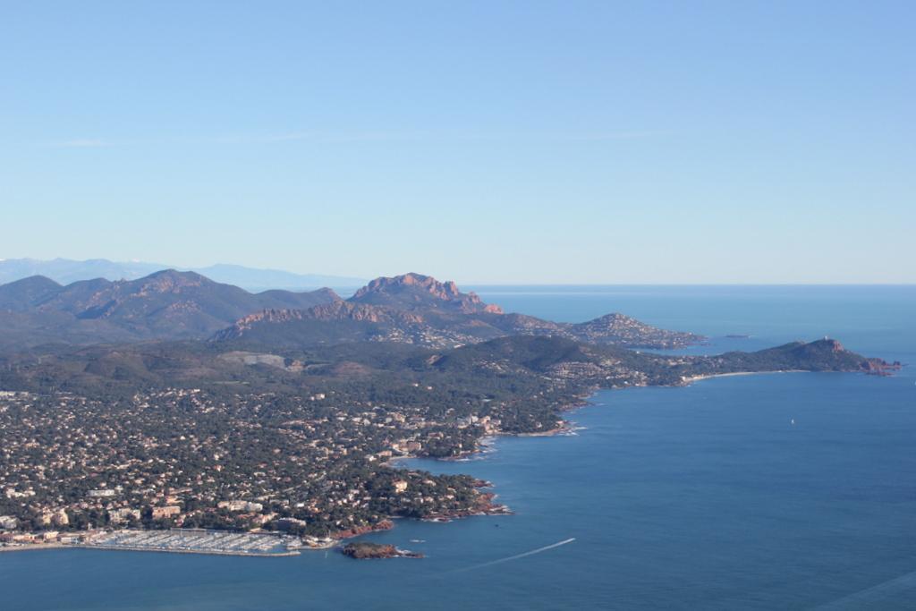 VOL en Robinson R44 autour de LFMD Cannes-Mandelieu 544901IMG7208