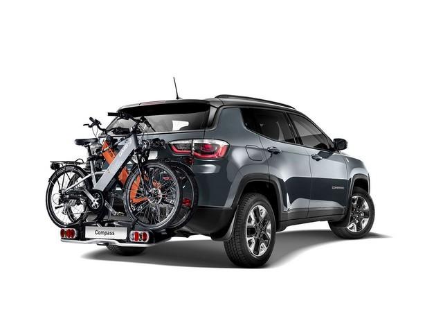 Mopar® : plus de 70 équipement pour la Jeep® Compass 546601170607MoparJeepCompass06