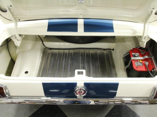 mustang shelby 350 GT 1965  kit monogram 1/24 . 552107mustangshelby350gt19656