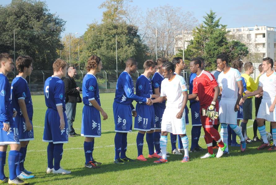 OLYMPIQUE DE MARSEILLE  :LE 11 NOVEMBRE 2012  LES U19 NATIONAUX OM ET LA  RESERVE OM .. UNE JOURNEE CORSE BIEN REUSSIE !!! - Page 2 554592DSC0125