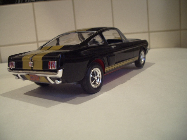 ford mustang GT 350 H au 1/24 - Page 2 555387fordmustanggt016