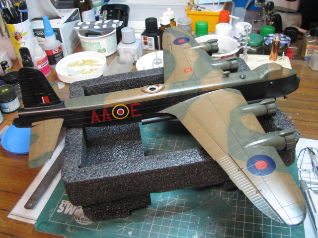 Short Stirling MkIII BF-513 Italeri 1/72, 2ème !!!!!....Terminé!!! - Page 4 555779IMG7100