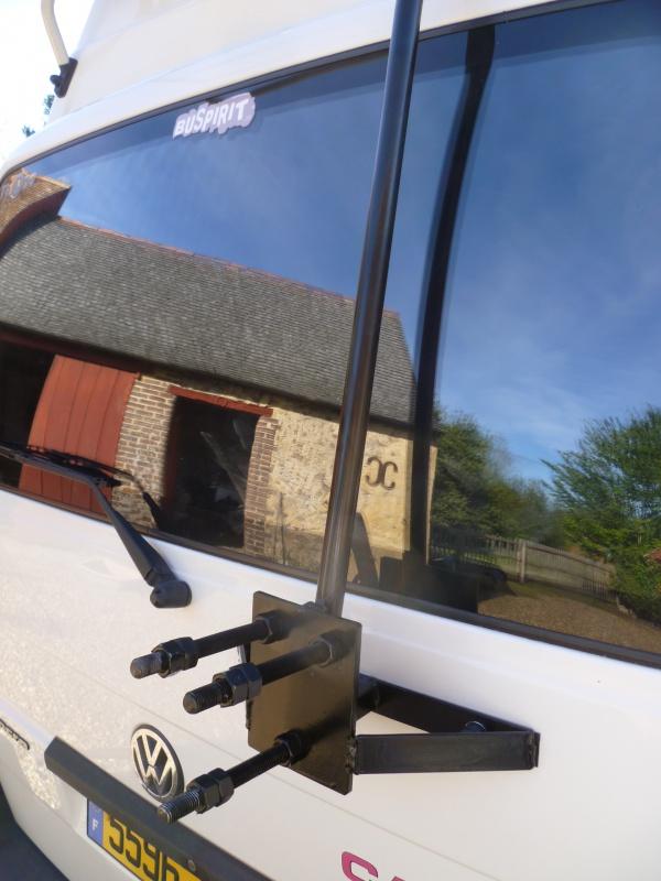 Portes roue de secours, home made  557882P1300436