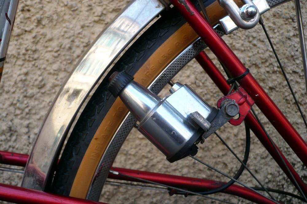 Motoconfort 1974 (rouge) 558110confort019