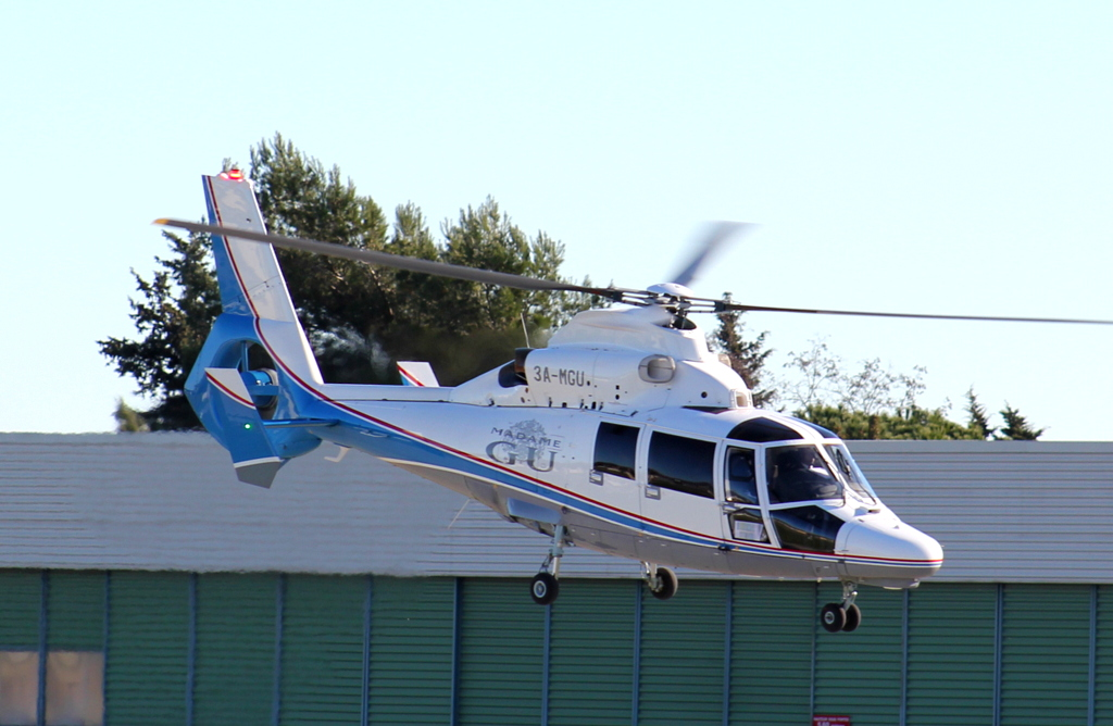 Madame GU , yacht & hélico 559258IMG8802