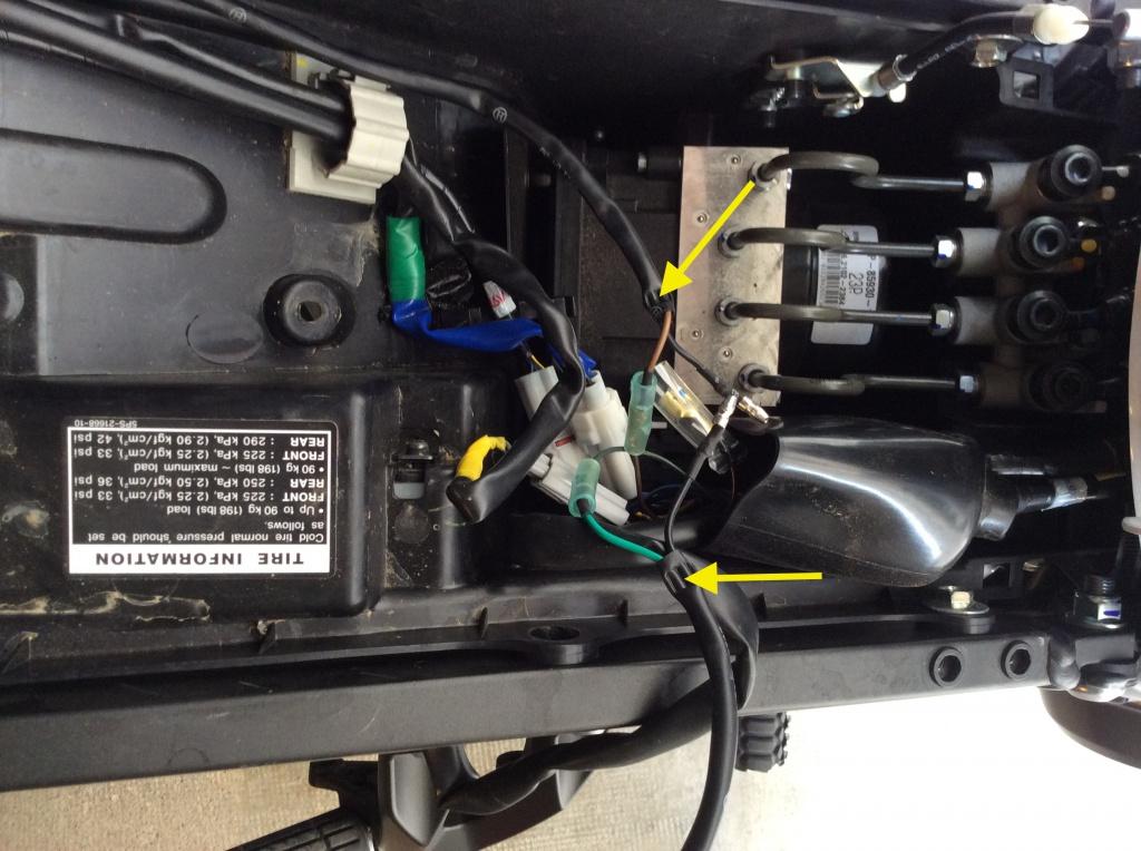 Montage clignotants led Yamaha 559804IMG0016copie