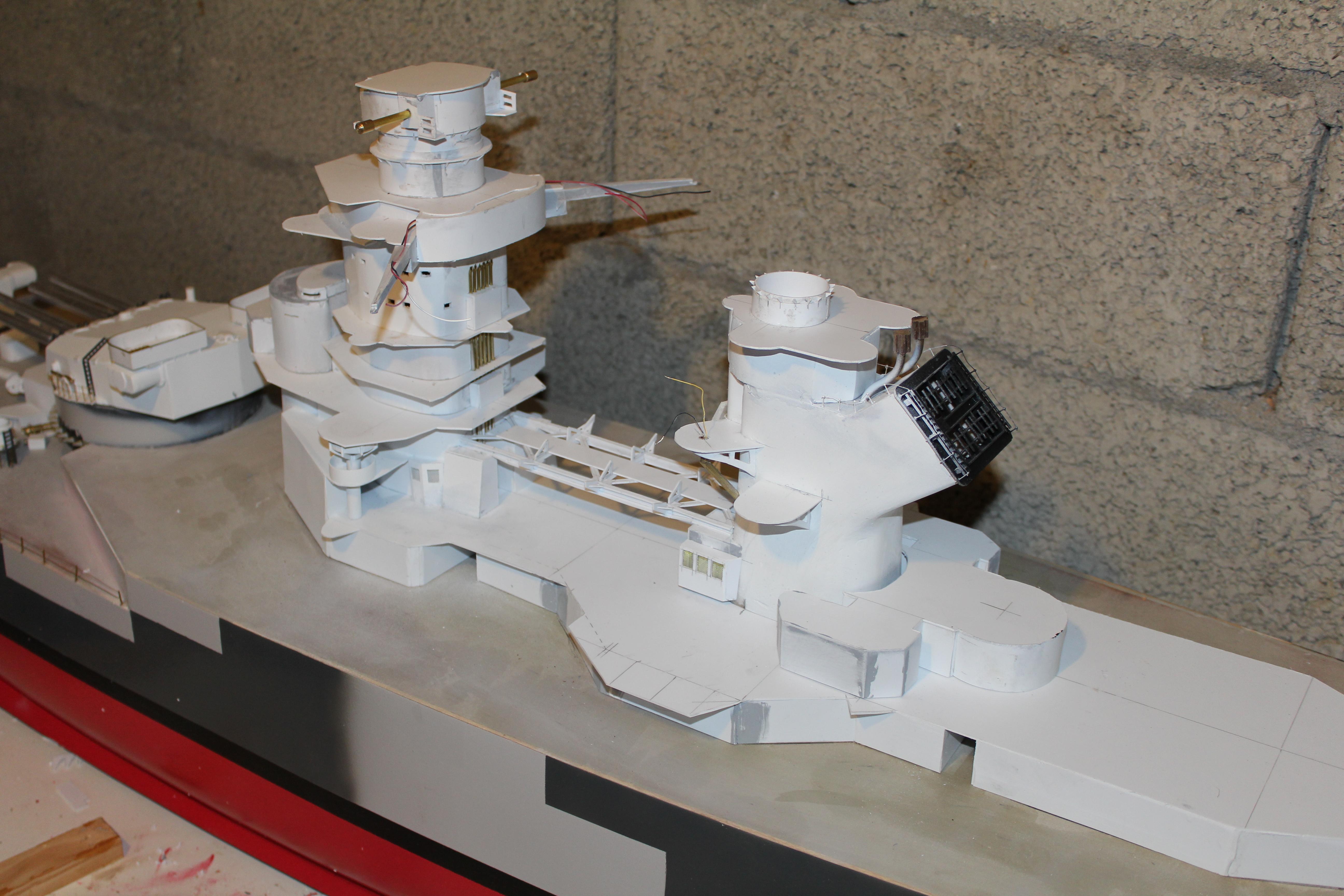 Cuirassé Richelieu 1/100 Vrsion 1943 sur plans Polonais et Sarnet + Dumas 560091IMG0628