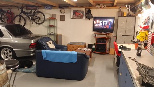Mon garage pour 1/10 et 1/1 - Page 2 56289720150206174926