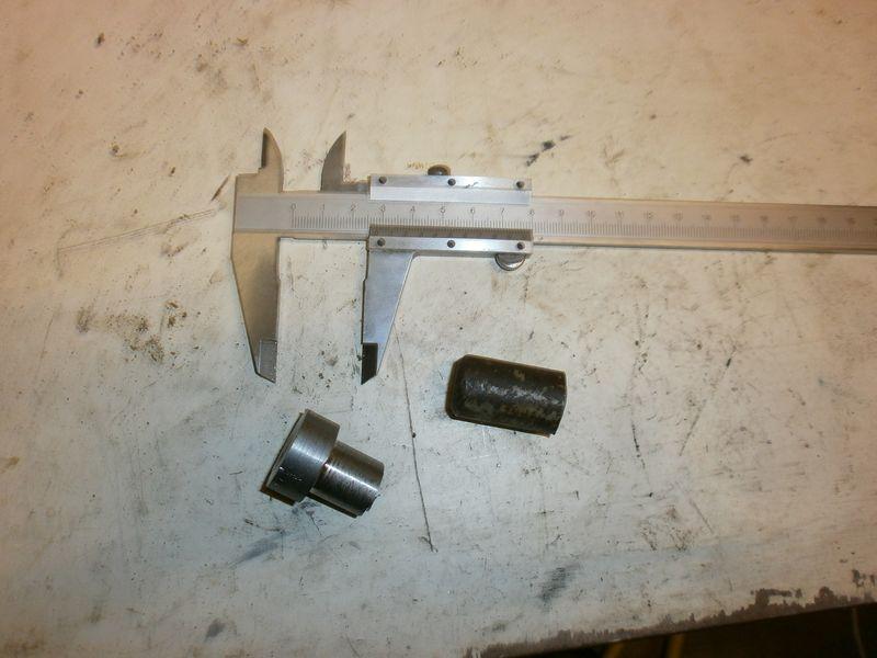 """Fabrication d'un """"bouchon"""" pour mon bac à copeaux pour récupérer le fuide de coupe 563664PB100028"""