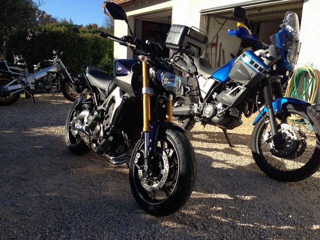 Photos de toutes les Yamaha MT-09 du forum ! :) 564785YTom30500