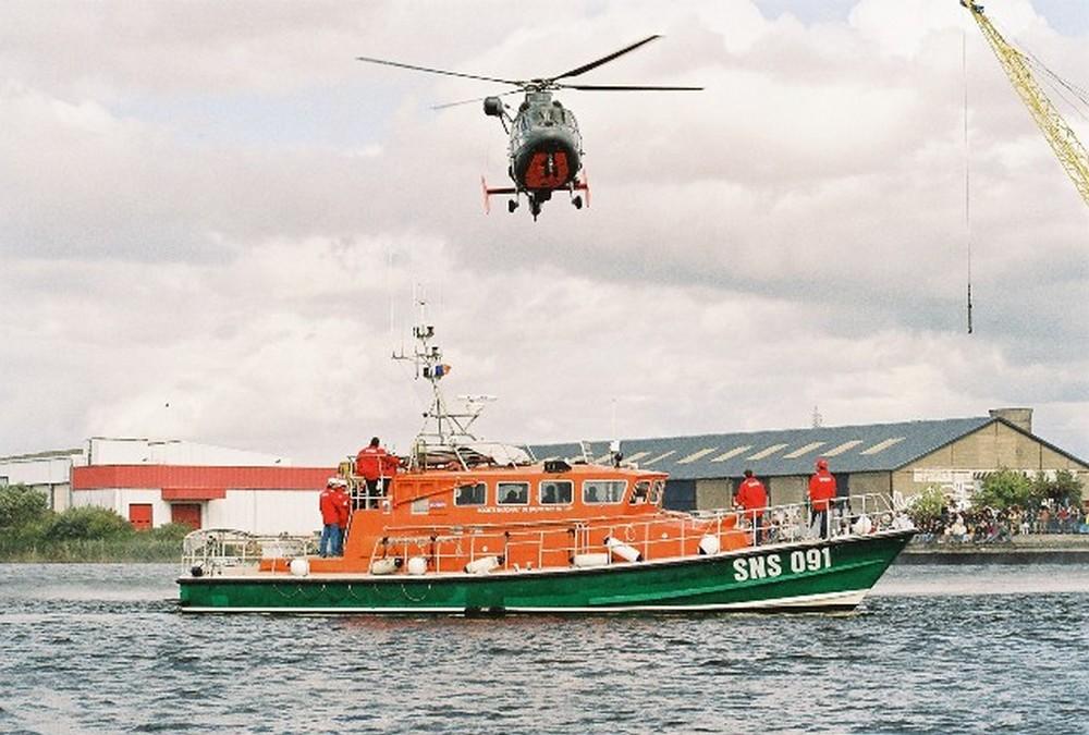 [ Aéronavale divers ] Hélicoptère DAUPHIN - Page 3 56512900001110
