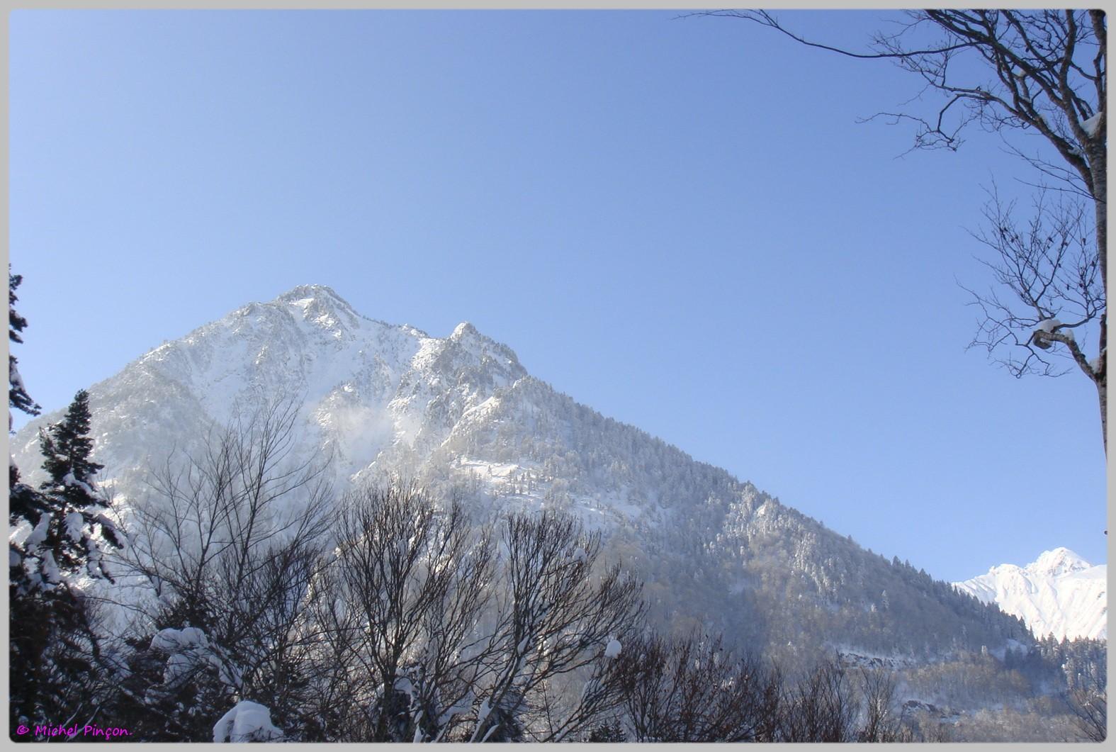 Une semaine à la Neige dans les Htes Pyrénées - Page 2 565689DSC012044