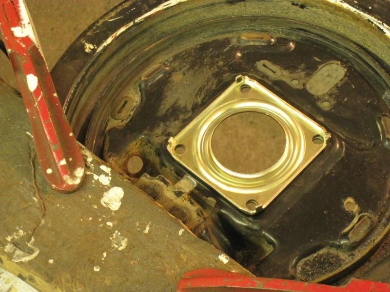 modification flasque tambours arrières pour démontage rapide des roulements 566416IMG2047