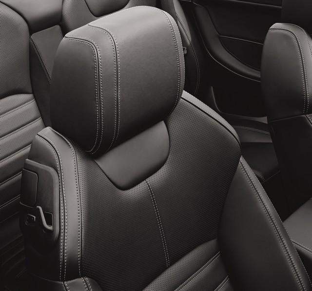 Range Rover Cabriolet, Un SUV Pour Toutes Les Saisons 566789RREVQConvertibleInterior09111504