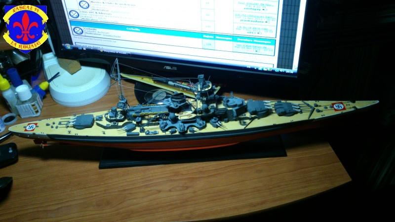 Croiseur de bataille Scharnhorst  au 1/350 de dragon - Page 8 567515DSC0042L