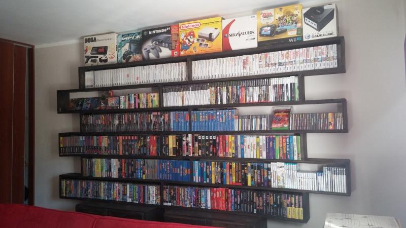 ajout de ma collection Neo Geo AES en vitrine :) 570307CAM00990