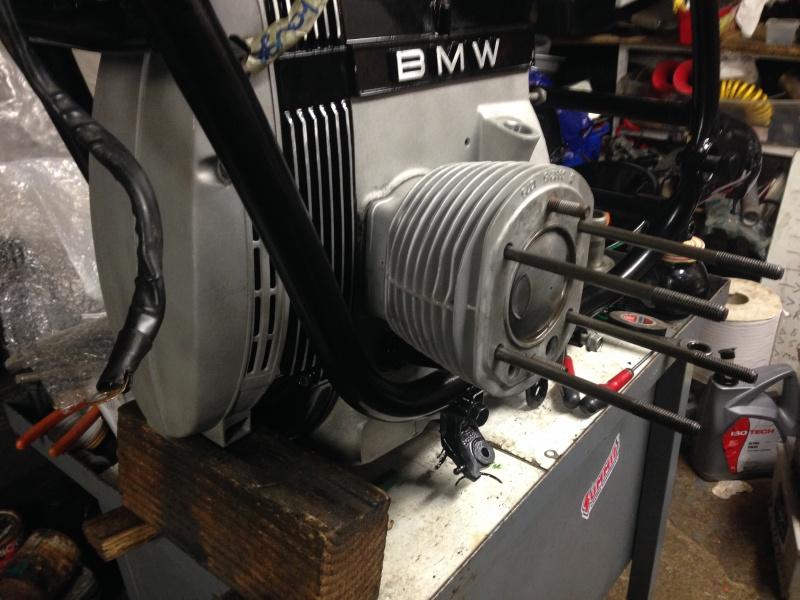 restauration moteur r80 1984 - Page 2 570973IMG0917