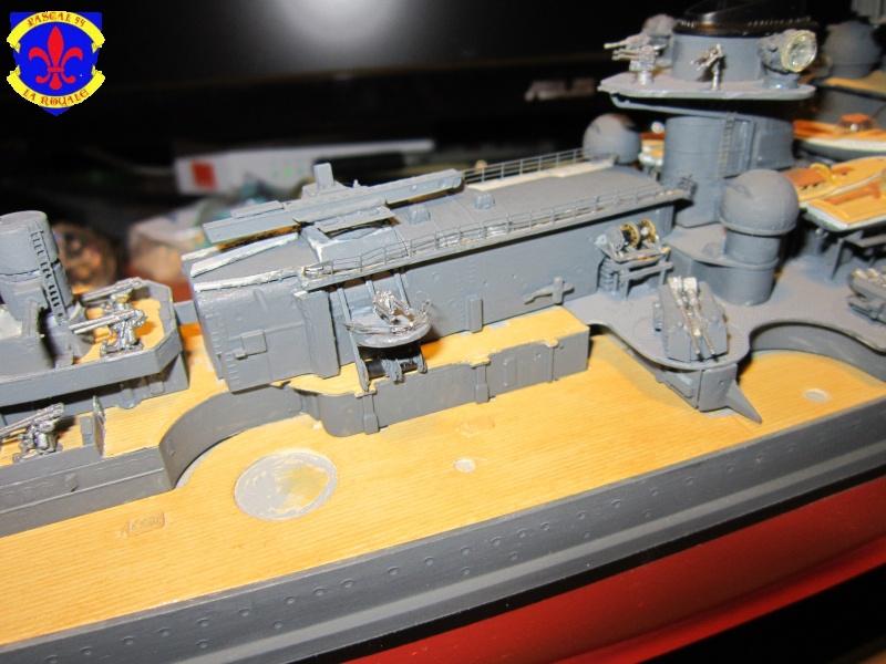 Croiseur de bataille Scharnhorst  au 1/350 de dragon - Page 6 571789IMG1365L