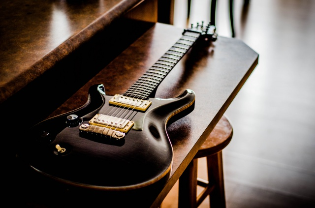 Votre meilleur guitare celle que vous ne vendrai jamais... 574010KEV0018