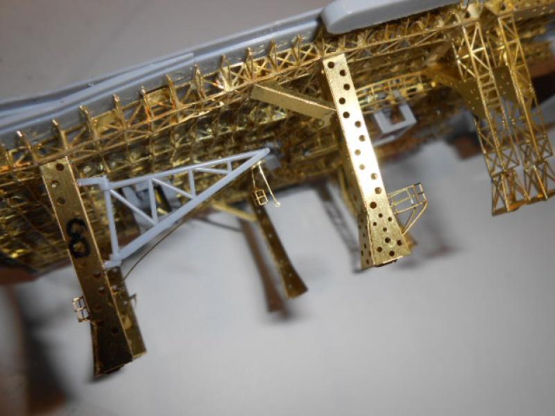 PA AKAGI 1/350 de chez Hasegawa PE + pont en bois par Lionel45 - Page 2 574651pont011