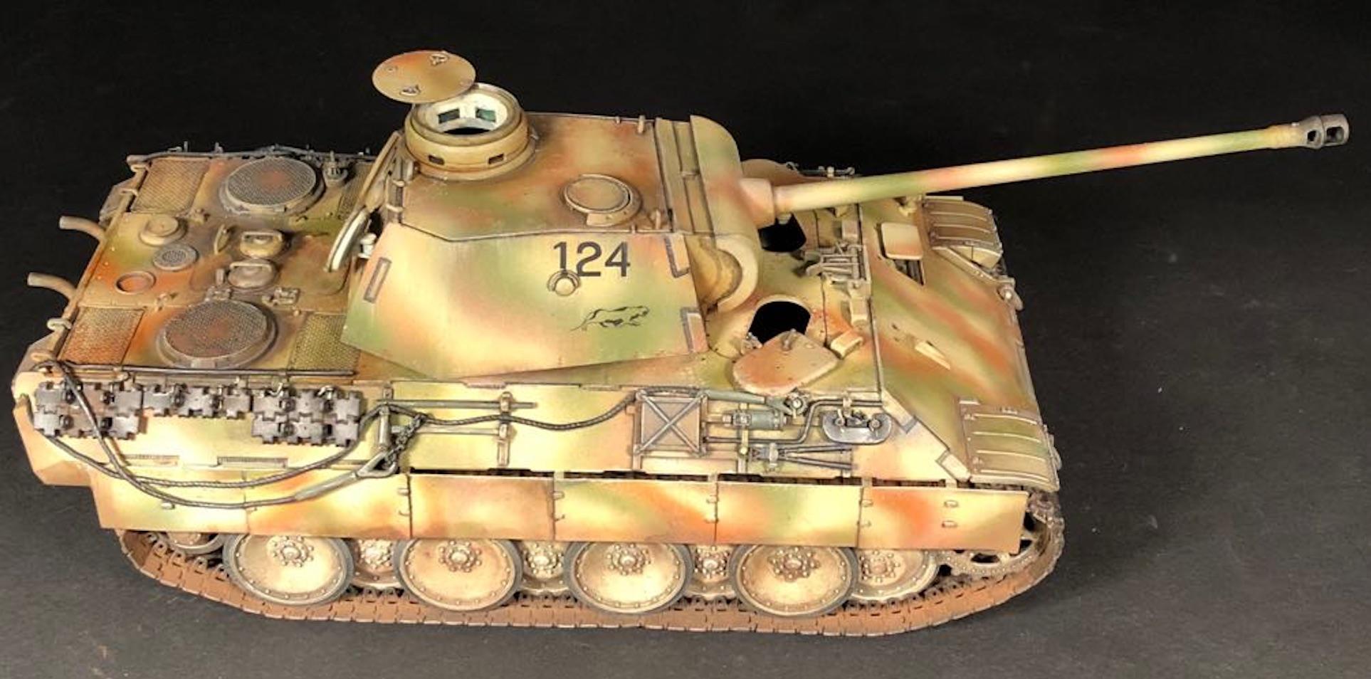 Sd.Kfz.171 Panther D - Page 3 581443PantherDPic03