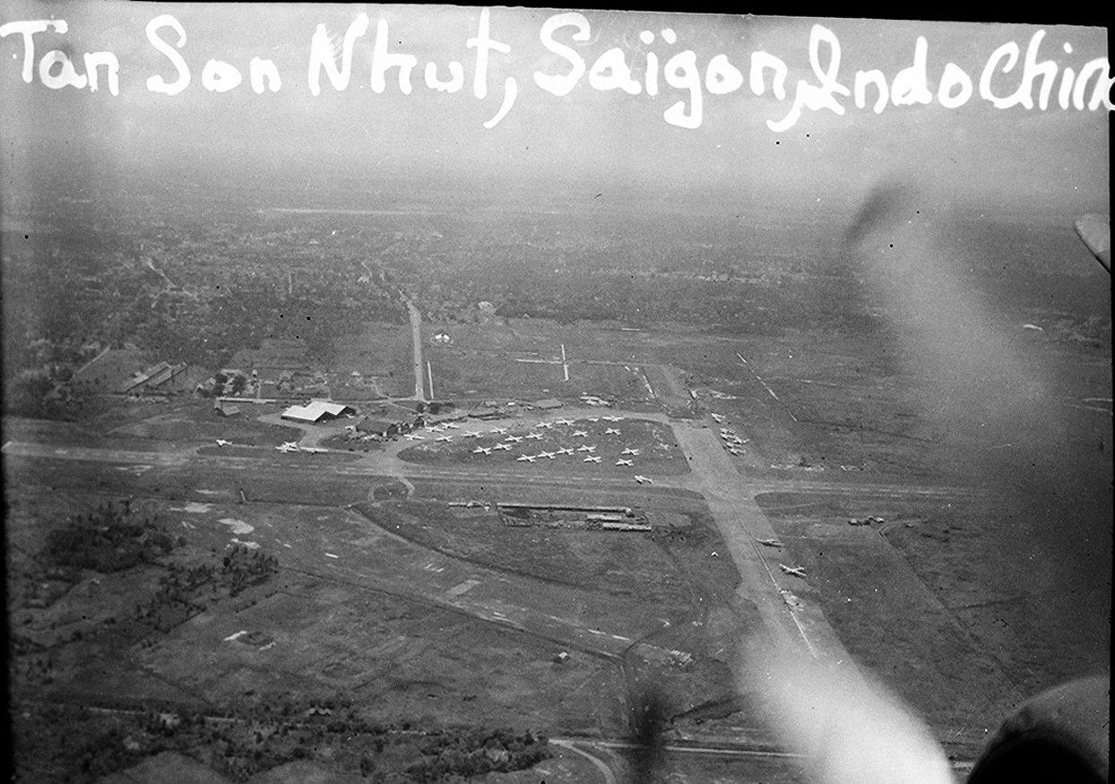 [ Aéronavale divers ] [ 1945-1950 L'histoire des grands oiseaux blancs à tête de loup noir en Indochine 5814467146896743249bd1a21db