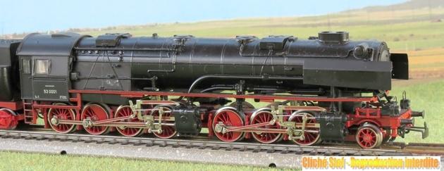 Les locomotives à vapeur articulées 585076MarklinmalletBR533302IMG0054R