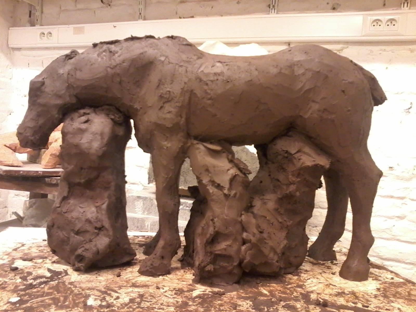 Femme nue et cheval (nu aussi ^^) 586039chevalenterre1