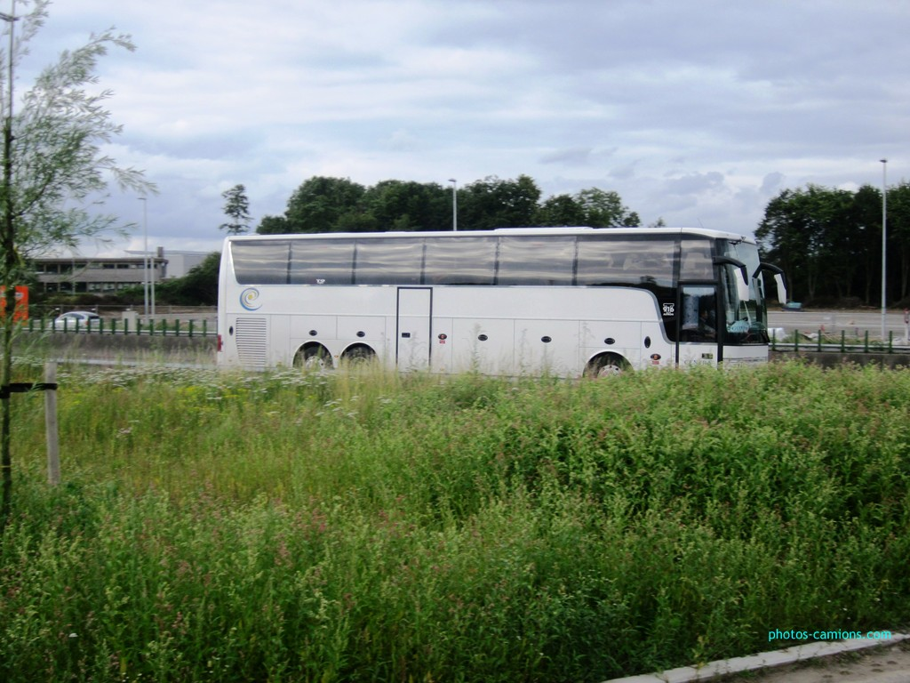 Van Hool (post uniquement pour les cars Van Hool sans inscriptions) 589722photoscamions13juillet2012353Copier