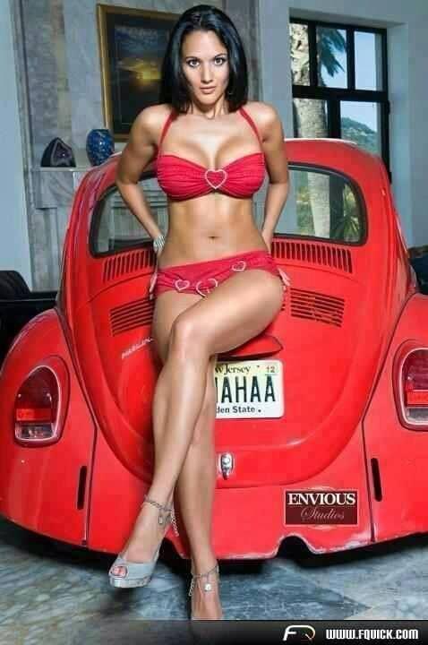 Volkswagen et ses donzelles ... - Page 36 58996713782195819845718374351468195377n