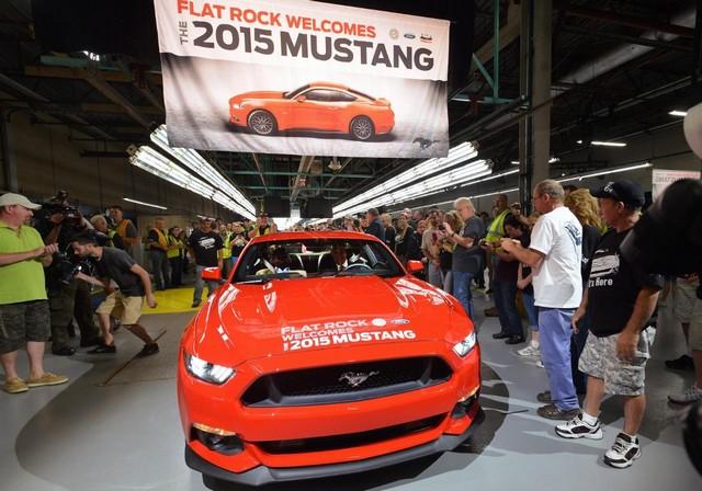 La production de la toute nouvelle Mustang 2015 débute dans l'usine de Flat Rock 590743productiondelaFordMustang201510