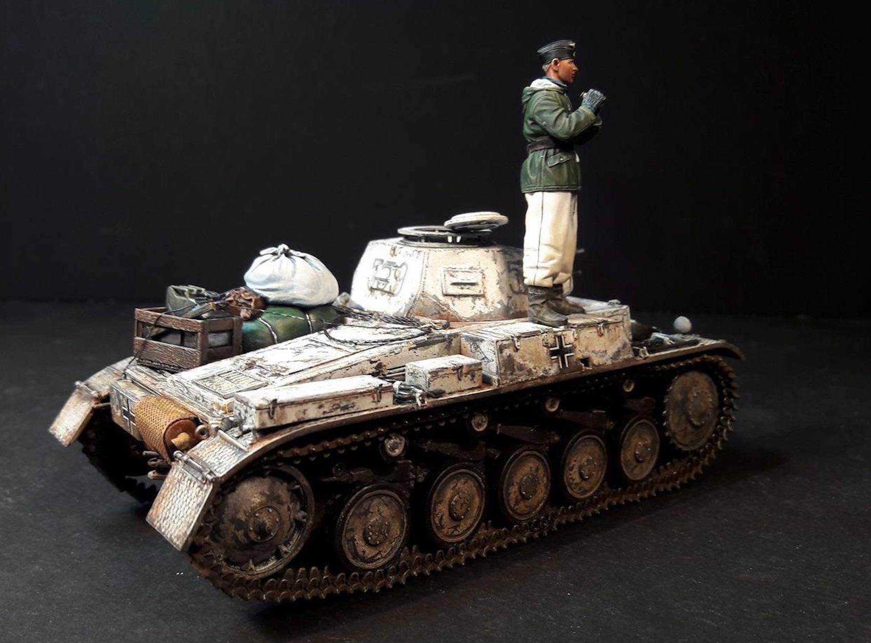Pz.Kpfw.II Ausf.F - Kharkov 1/35 - Page 4 596685PZIIRearRight