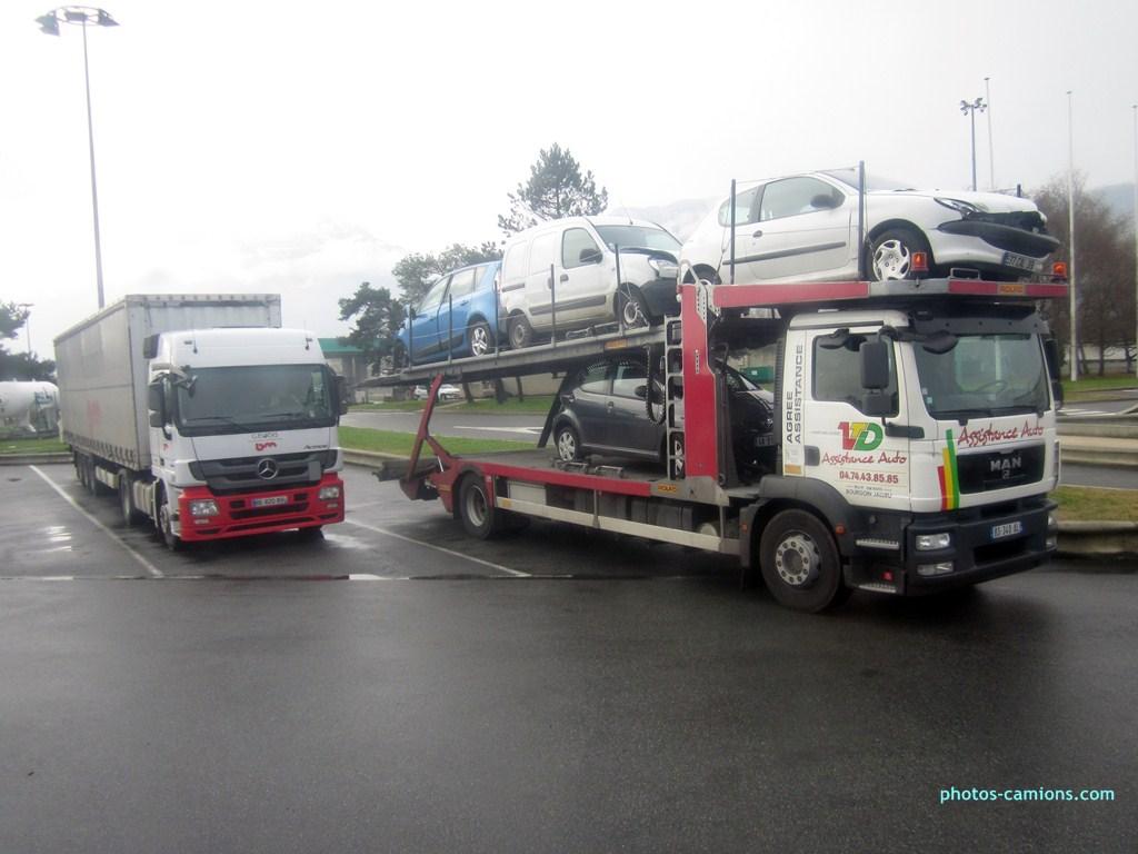 Les dépanneurs pour véhicules léger - Page 4 599436photoscamions24XII201282Copier