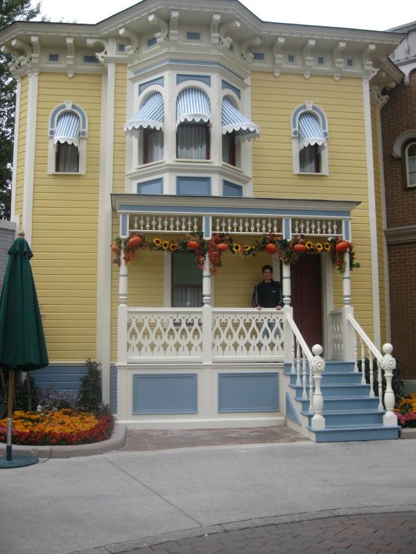 [TR] Halloween 2011 : du jeudi 6 au samedi 8 octobre : 3J/2N au CC en vue Parc (début du TR en page 9) - Page 10 599807IMG3868
