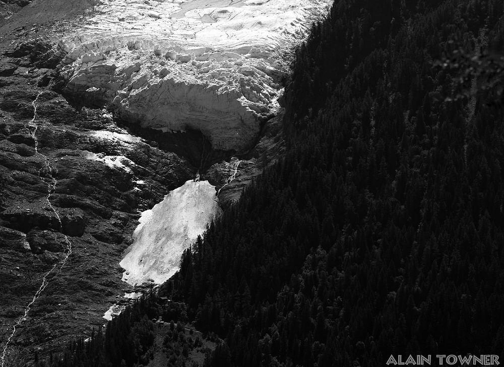 Le glacier des Bossons - Page 11 602592Bossonsjuin20154