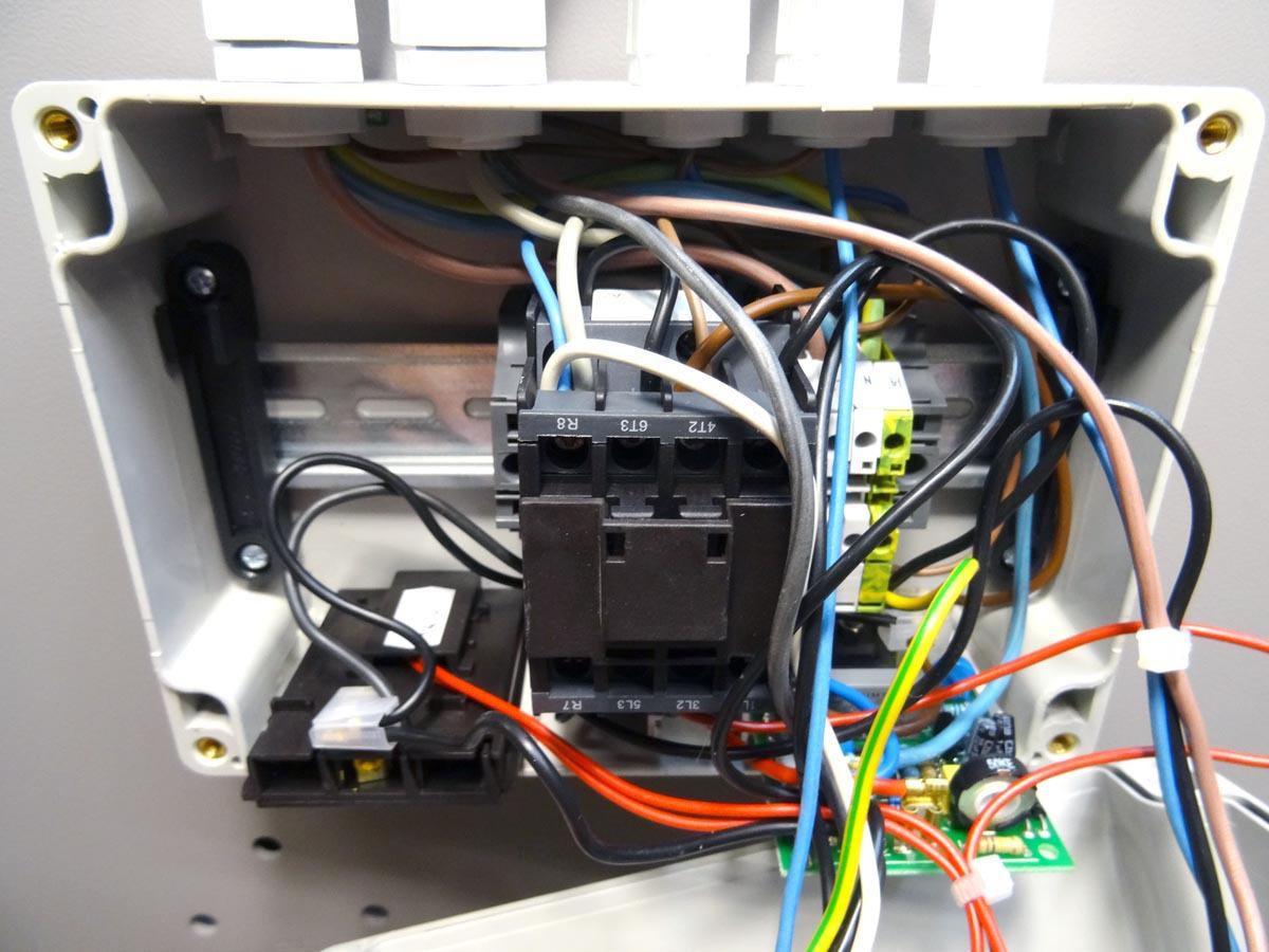 Une petite B3 pour l'atelier - Page 2 603324DSC00052c1s