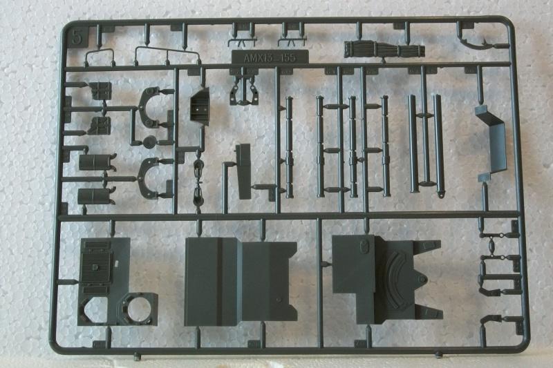 AMX 13 canon de 155 - (Réf. L782) 1/35 604442AMX13155782018Heller135