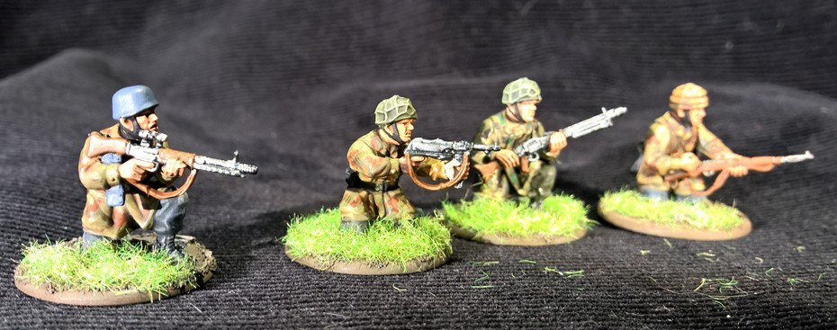 Bolt Action  - Quelques blindés ! 604757Fallschirmjager12