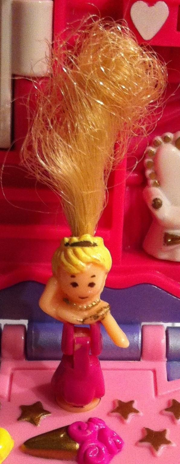 [QUESTION] Comment coiffer une Polly Pocket chevelue ? 605222POUPEE004