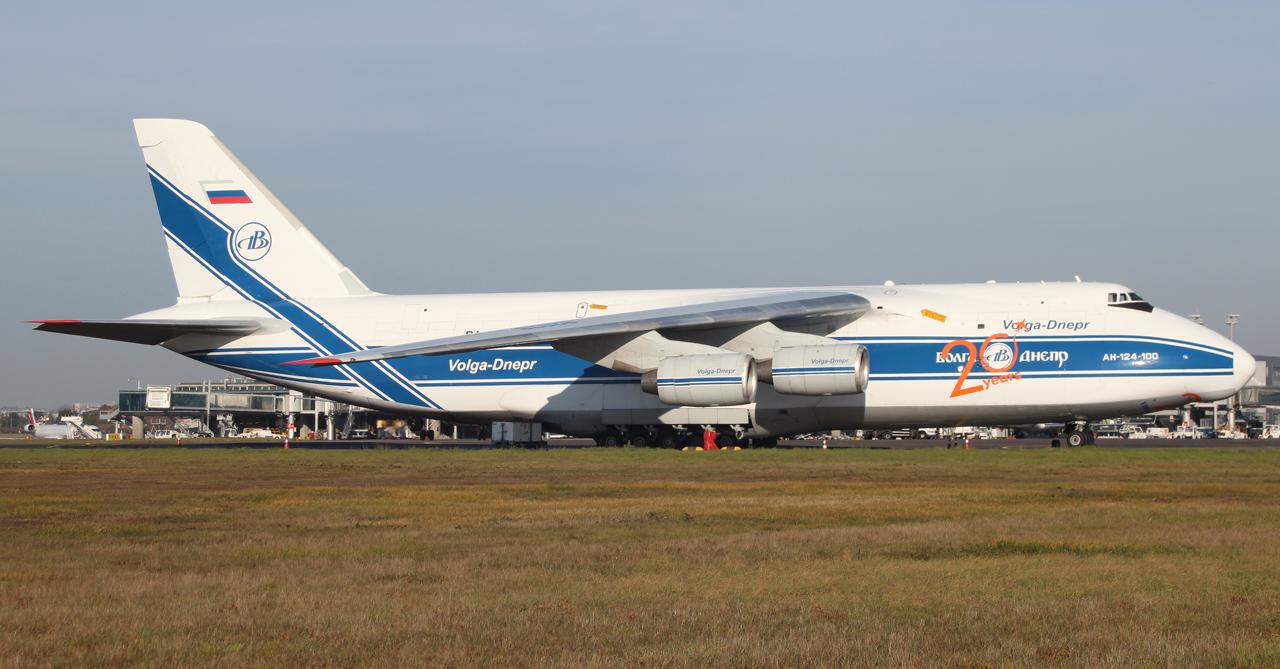 [16/12/2013] Antonov An124-100 (RA-82078) Volga Dnepr 605364IMG5170