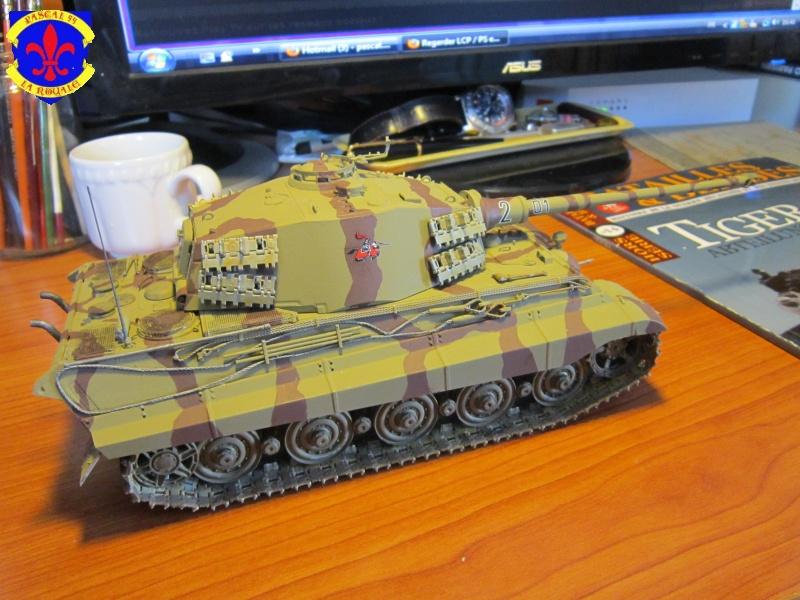Sd.Kfz.182 King Tiger à tourelle Henschel de Dragon au 1/35e par pascal 94 609330IMG1281L