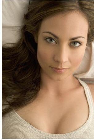 Les plus belles femmes du Monde - Page 2 612949000003999470724L918