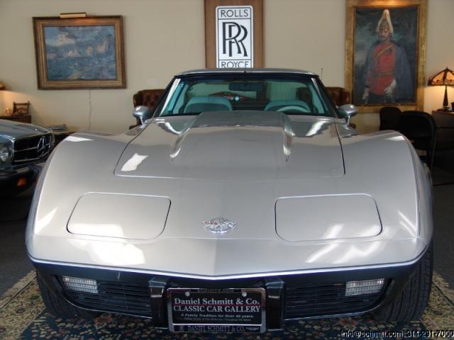 chevrolet corvette 25 th anniversary de 1978 au 1/16 - Page 2 614783corvette197825thanniversary1