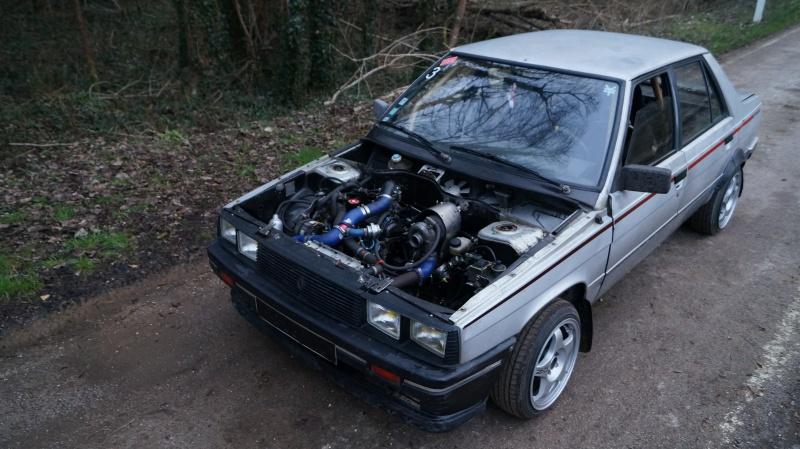 Mimich et sa R9 Turbo (du moins ce qu'il en reste) 615085DSC01050